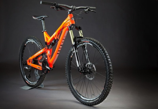 Intense Bikes Removes Your Last Excuse The Intense Tracer 275
