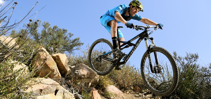 Bike Test: Specialized Enduro Comp 29 | Mountain Bike Action