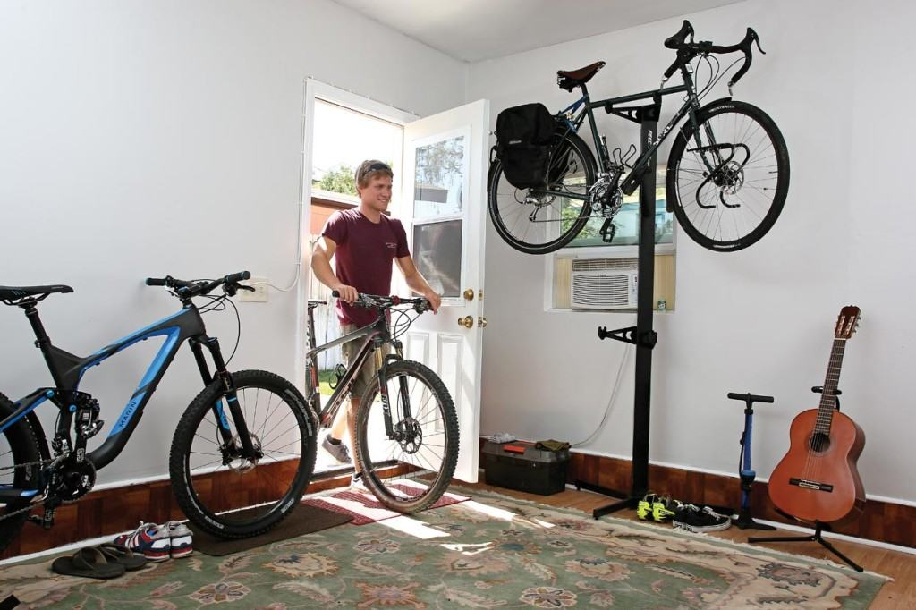 Indoor bike storage solutions home design for Indoor cycle design