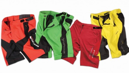 Endura Colourful Baggy Shorts