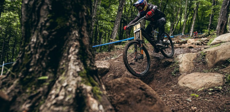 uci-mont-sainte-anne-2015-aaron-gwin