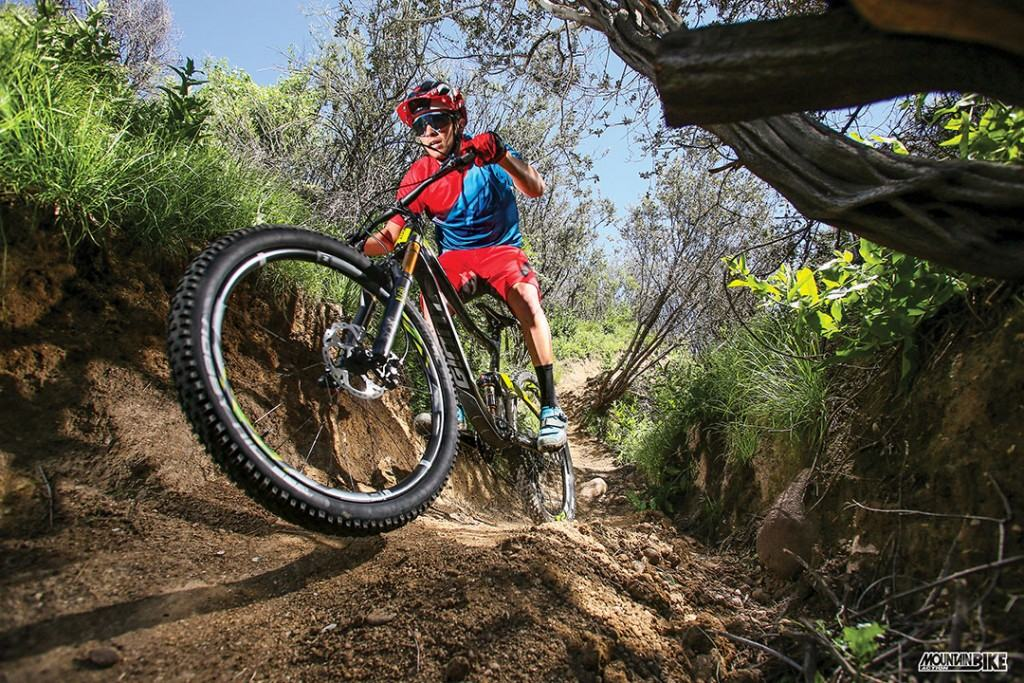 Versatility built in  The Trance has long been Giant s most versitile  trailbike. The new c1d538f9e