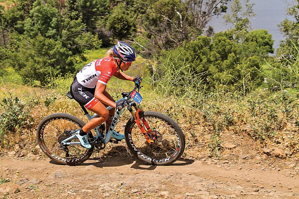 Inside The Pro S Bikes Emily Batty Mountain Bike