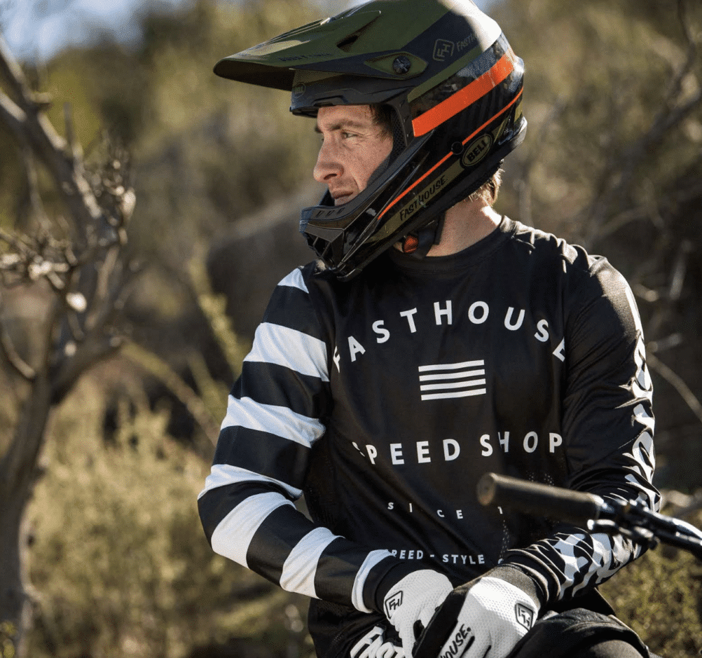 Bell also extends its partnership with Fasthouse global MTB riders with all  five athletes now riding in Bell helmets. Existing Bell athlete s Ryan  Howard ... 83a15a890