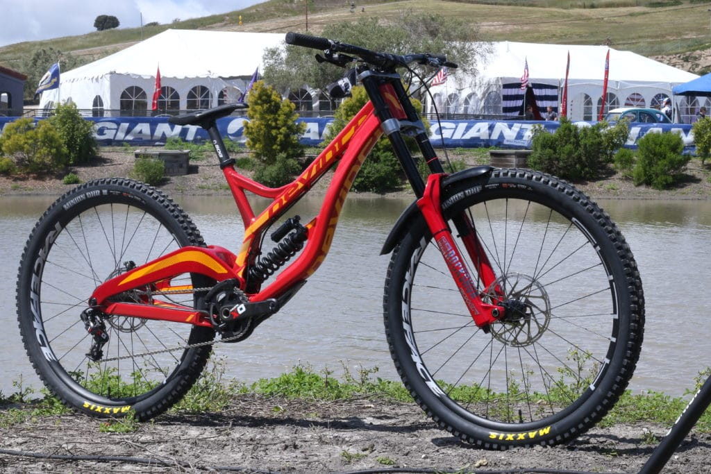 4a8d9ebf397 The 2018 Unior/Devinci Factory Racing Team has a new weapon for the  upcoming World Cup season. That's right if you missed the press release we  launched back ...