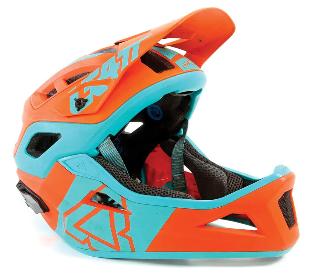 review leatt dbx 3 0 enduro v2 helmet mountain bike. Black Bedroom Furniture Sets. Home Design Ideas