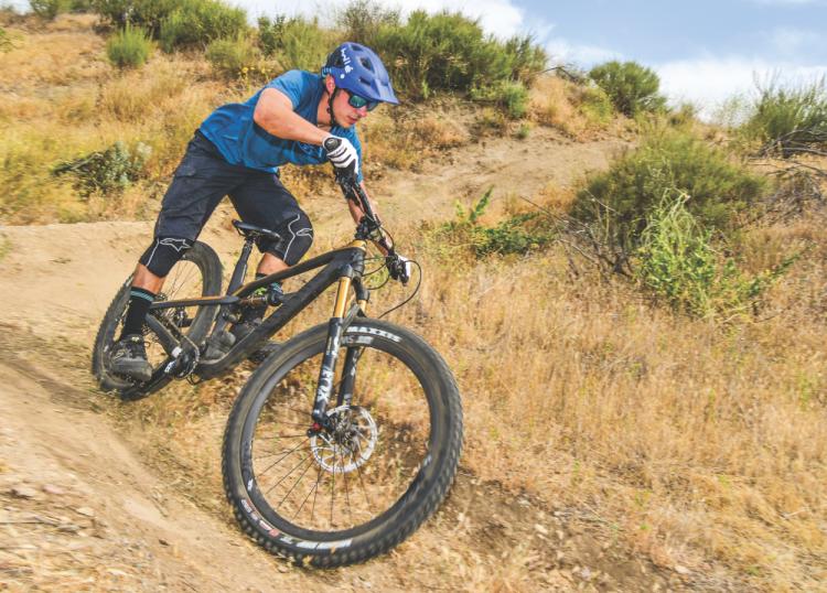 SEPT-Review - Canyon Spectral CF 9 0 SL | Mountain Bike