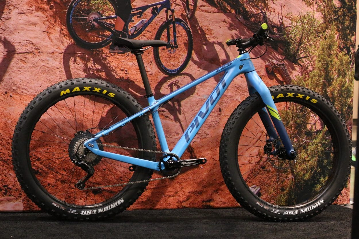 dc246cf68f Pivot Les Fat Gets New Wheels - Interbike 2018