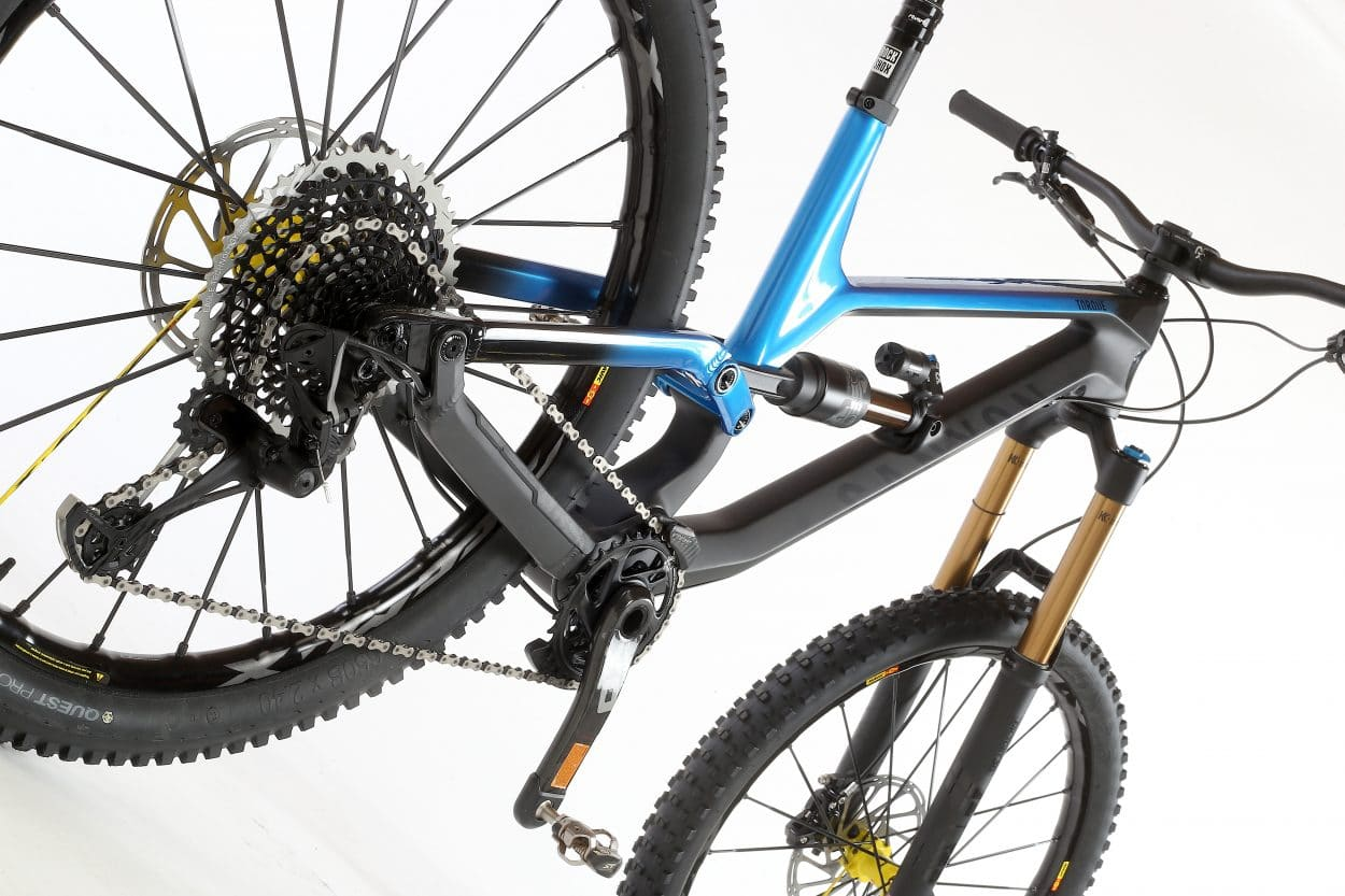 Bike Test: Canyon Torque CF 9 0 PRO | Mountain Bike Action