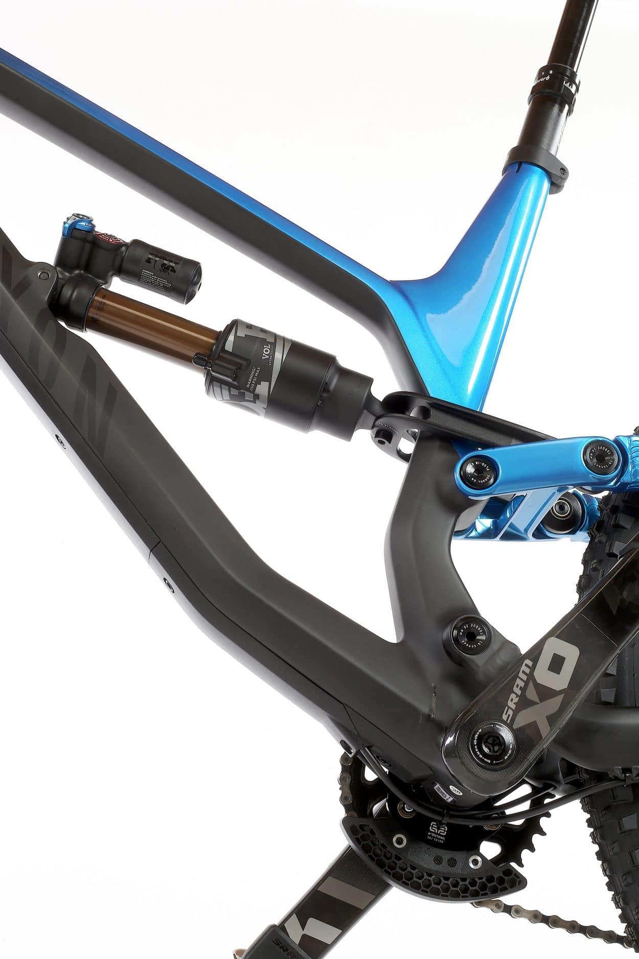 Bike Test: Canyon Torque CF 9 0 PRO | Mountain Bike Action