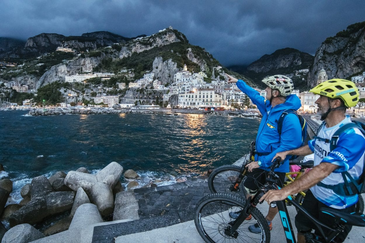 Trans-Napoli, an Urban Bike Adventure | Mountain Bike Action Magazine