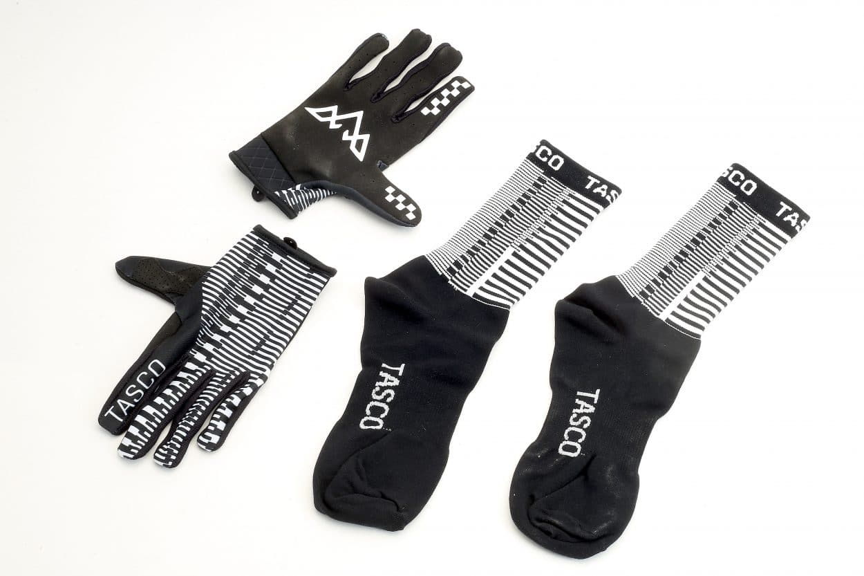 New Products: Tasco Double Digits Sock/Glove Combo