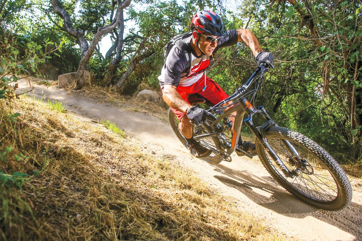 MBA Bike Test: Diamondback Release 29 3 | Mountain Bike Action Magazine