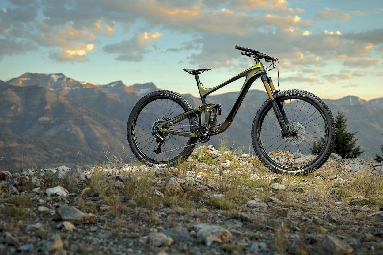 Giant Bicycles Launches All-New Reign 29 Enduro Bikes | Mountain Bike Action Magazine