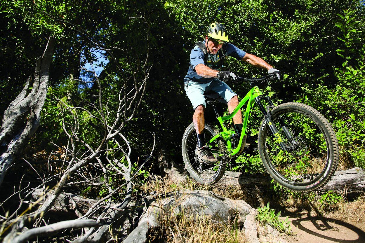 MBA Bike Test: Giant Trance Advanced Pro 29 1 | Mountain Bike Action Magazine